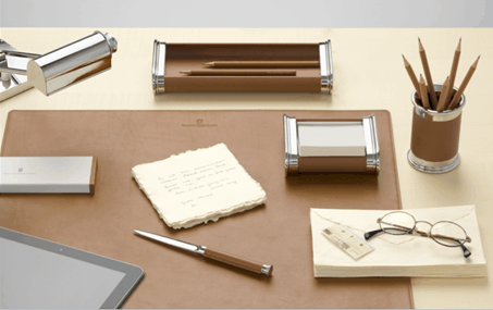 Raffinato set da scrivania firmato graf von faber castell for Portapenne ufficio design