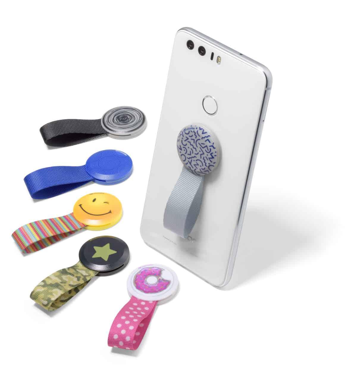 Fare un selfie è più facile con gli accessori Cellularline!