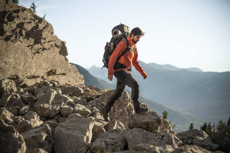 Le proposte Decathlon per l'escursionismo su terreni impegnativi